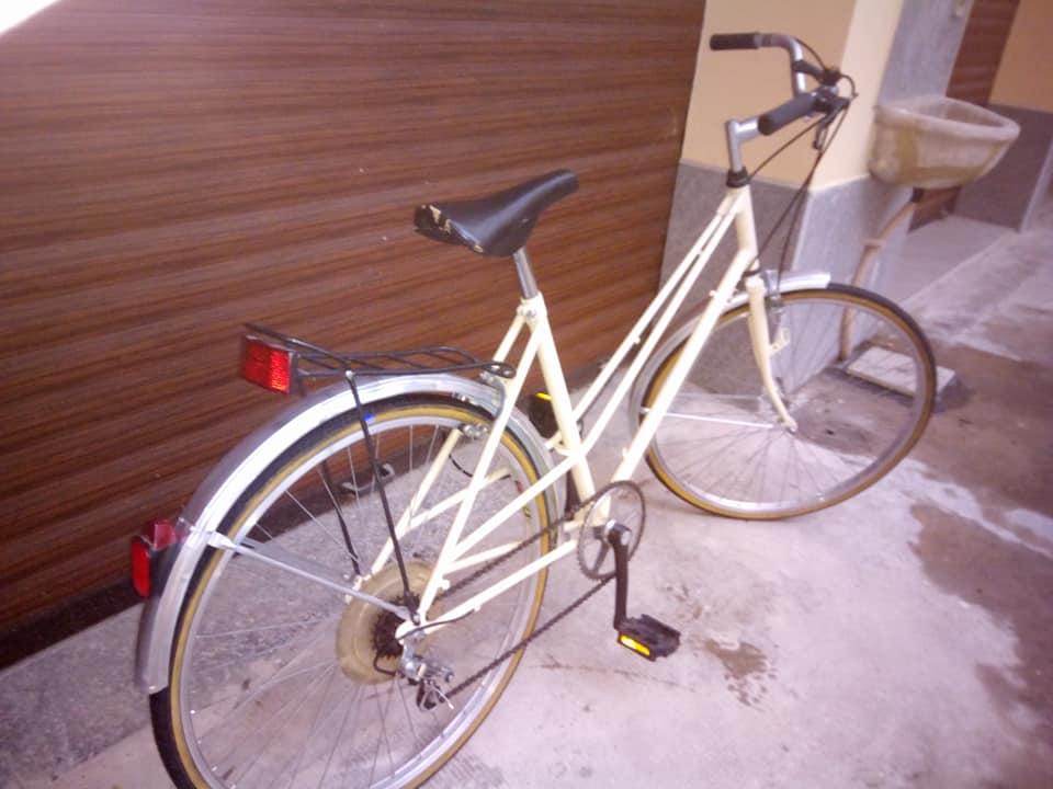 Bici rondinella donna riverniciata